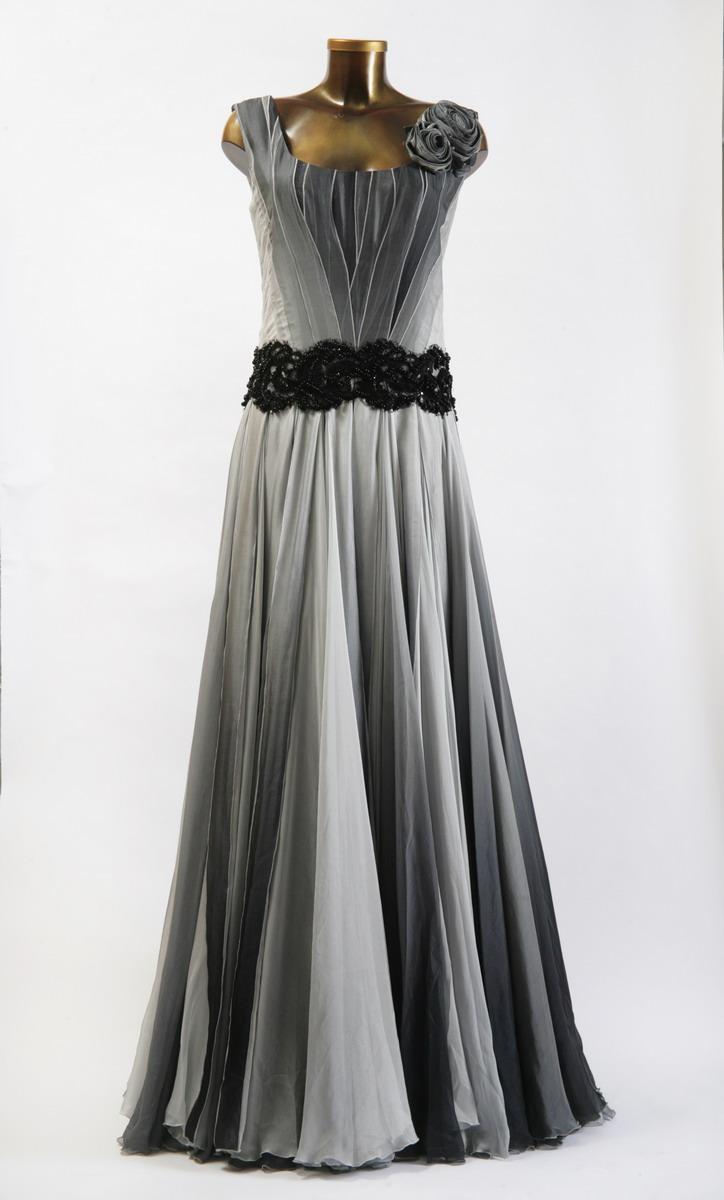 Смотреть Красивые шифоновые платья, короткие и длинные модели видео