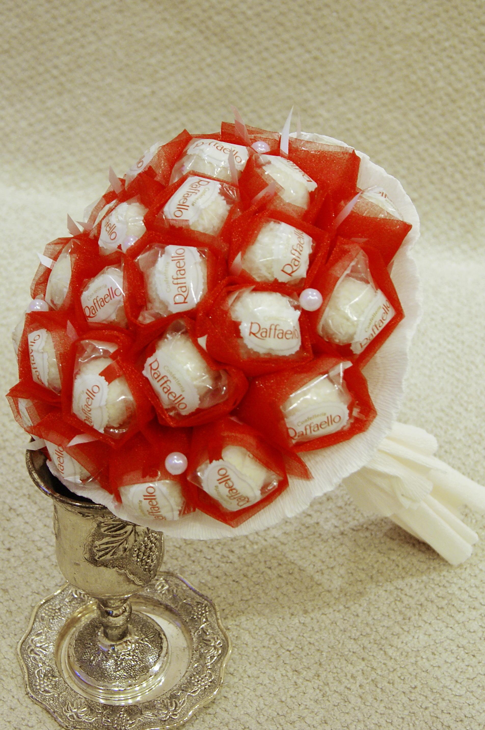 Букет из конфет Раффаэлло. Мастер-класс с пошаговыми фото 14