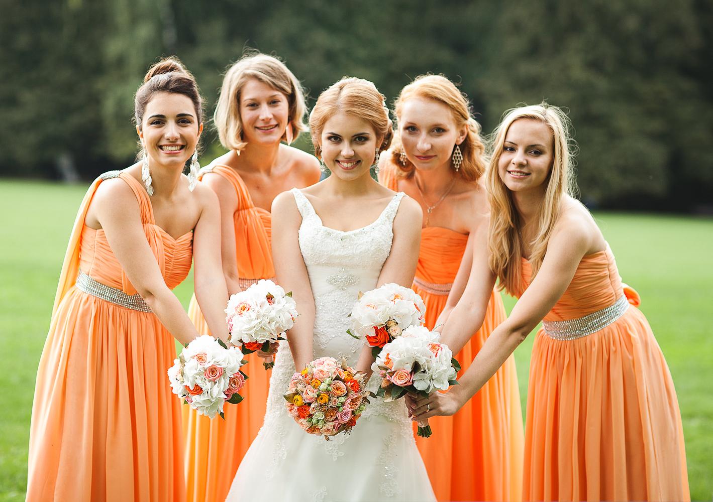 Прически подружек на свадьбе