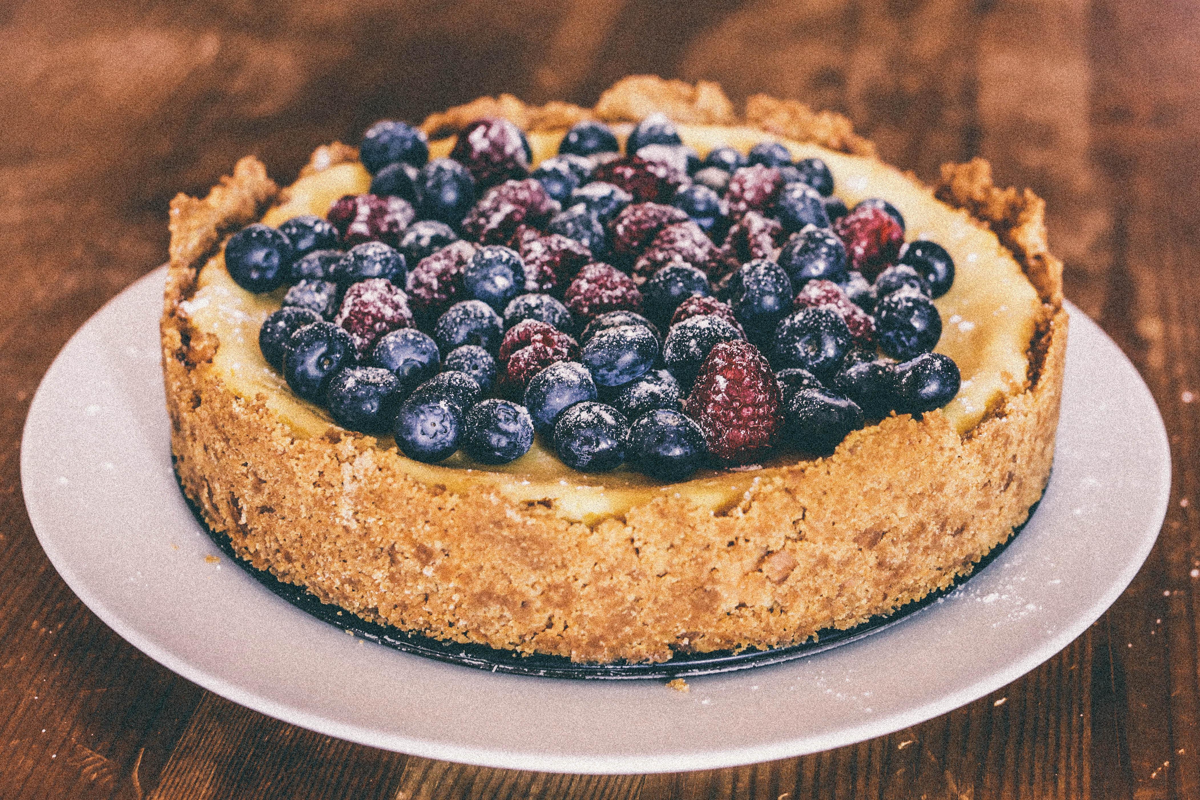 Торт с ягодами - 155 рецептов приготовления пошагово - 1000 76