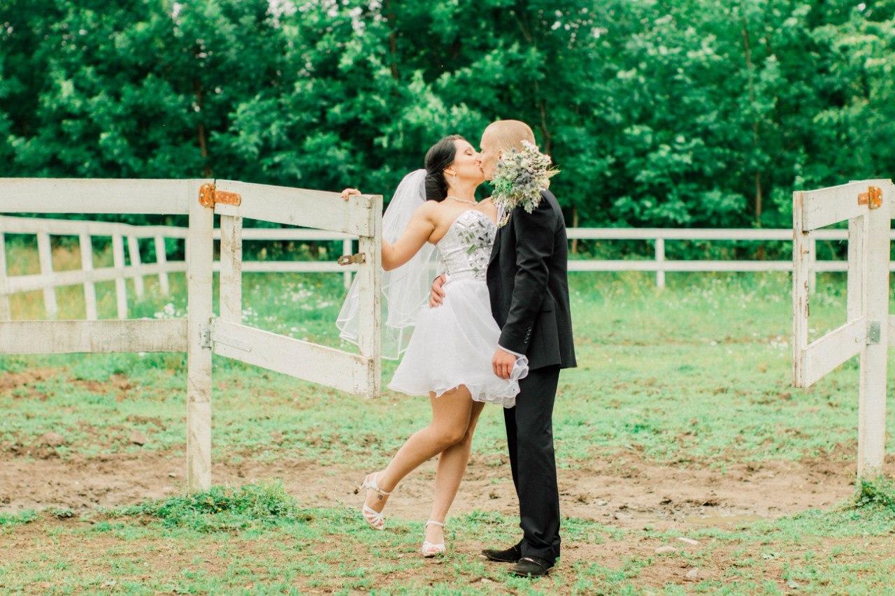Фото лав стори для показа на свадьбе