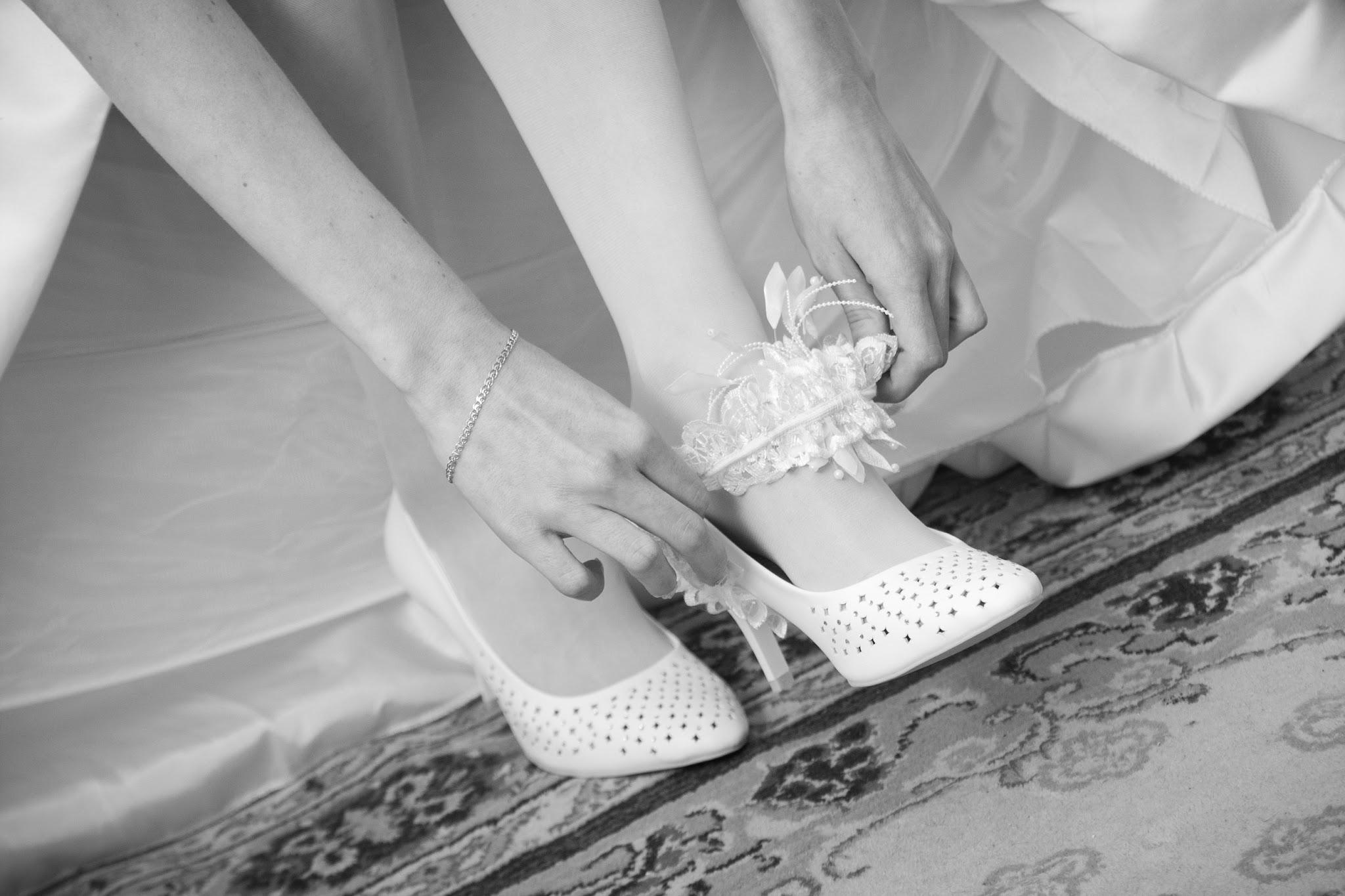 Фото невест нога на ногу, Снова невесты. Ножки (42 фото) » Триникси 14 фотография