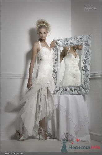 Фото 5391 в коллекции Каталог платьев
