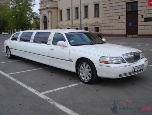 """Линкольн Таун Кар 9 мест 2005 год черный салон - фото 128 Транспортная компания """"Лимузиновъ"""""""