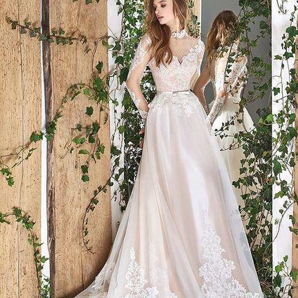 Платье, модель Стриата