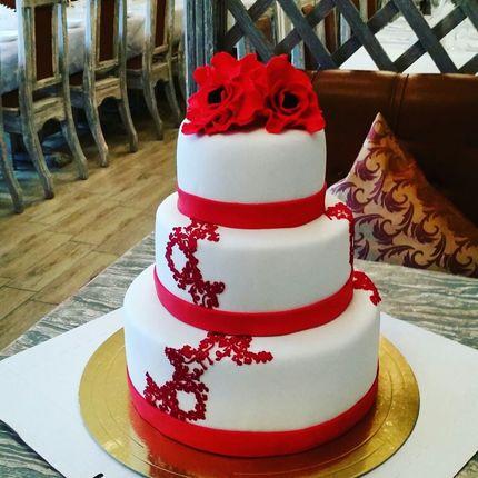 """Трехъярусный торт """"Гиминей"""", 1 кг"""