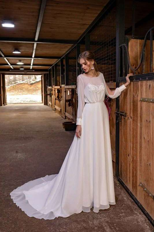 Фото 19910657 в коллекции Платья - Свадебный салон UniRenter