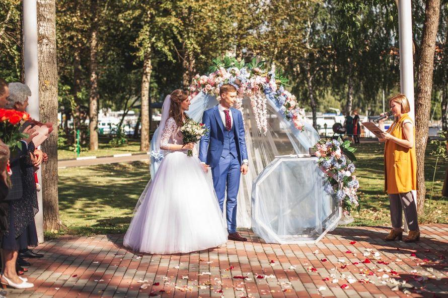 Фото 19915891 в коллекции Регистрация Екатерина и Виталий - Ведущая Настя Полякова