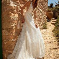 Платье на бретелях в пол
