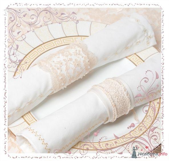 Салфетки с вышивкой, кольца для салфеток - фото 64320 Волшебный День