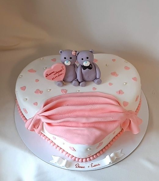 Торт сердце с мишками, от 3 кг