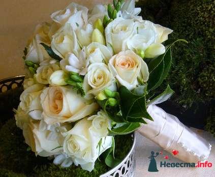 Фото 90130 в коллекции Букет невесты, подружек, и бутоньерка жениха! - Невеста Настенька