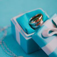 Голубая фарфоровая шкатулка с кольцами в стиле Тиффани