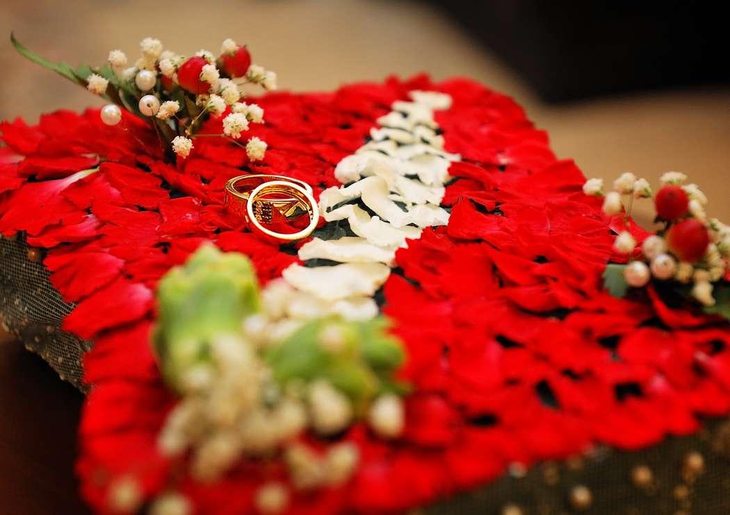 Эксклюзивная подушечка для колец ручная работа из живых цветов - фото 1628421 kariglazka18