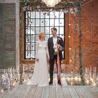 арка в стиле лофт, свадебное платье