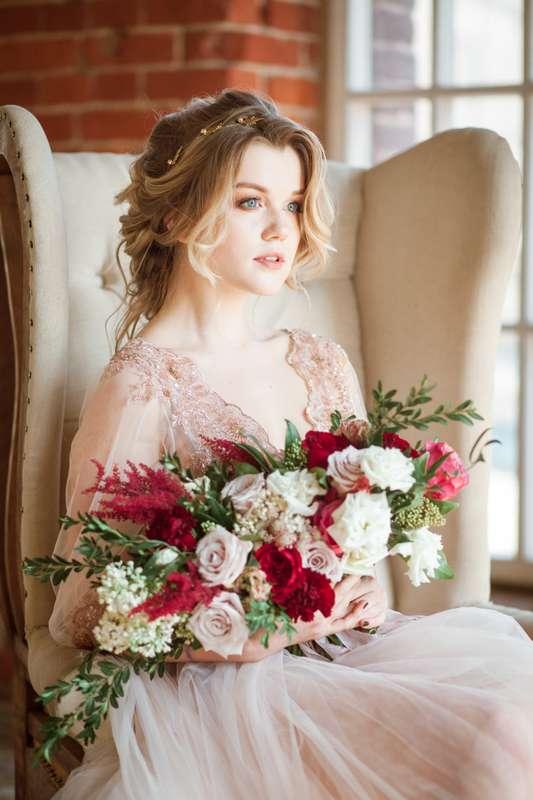букет невесты, будуарное платье, образ невесты - фото 14664534 Flower vibes - мастерская флористики и декора