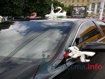 На тоёте. т.8-951-86-88-187 - фото 70379 Украшения на свадебные авто
