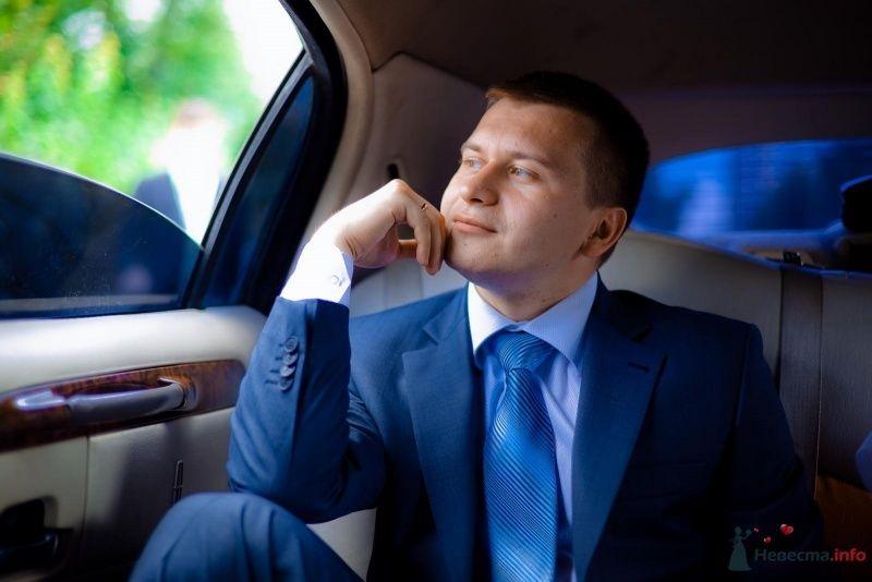 """Классический мужской синий костюм """"двойка"""" с голубым галстуком и - фото 54389 Anjuta"""