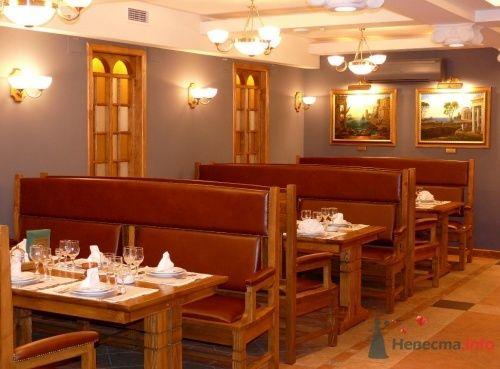 """Удобные диваны - фото 4105 Кафе """"Готика"""""""