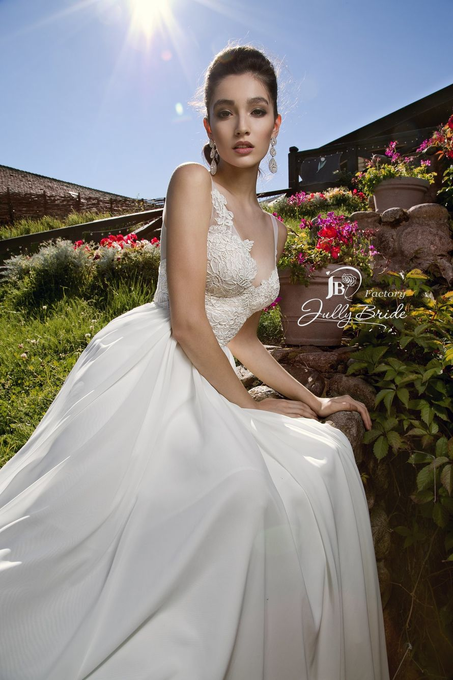 "Фото 17103540 в коллекции Портфолио - Салон свадебной и вечерней моды ""Barsonini"""