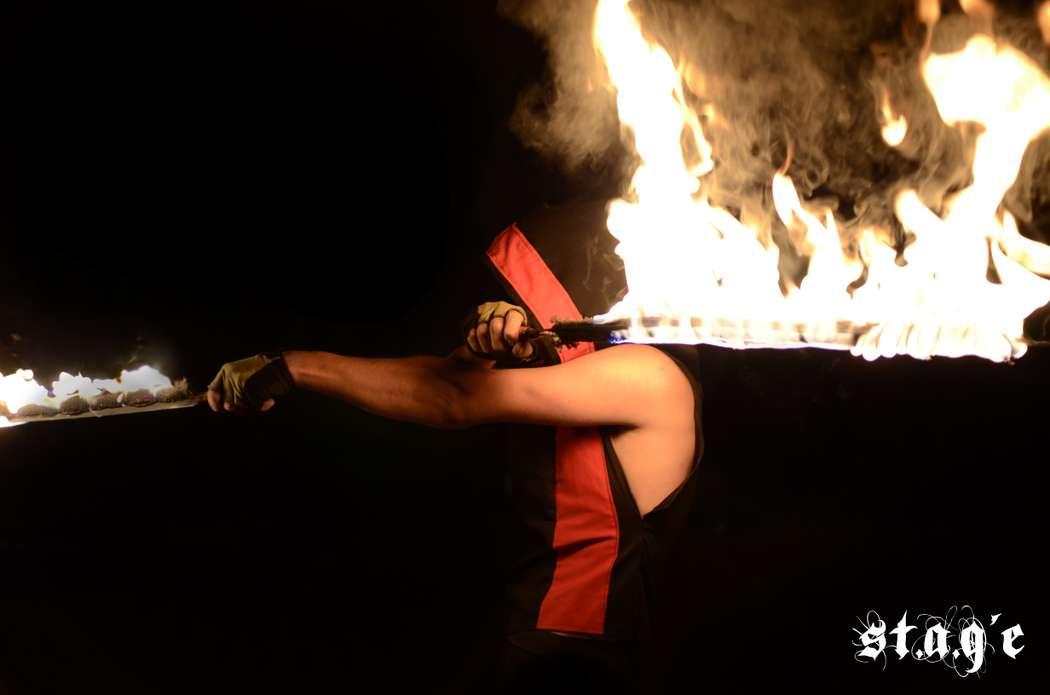 Фото 623336 в коллекции Мои фотографии - Огненно-пиротехническое и световое шоу St.A.G'e