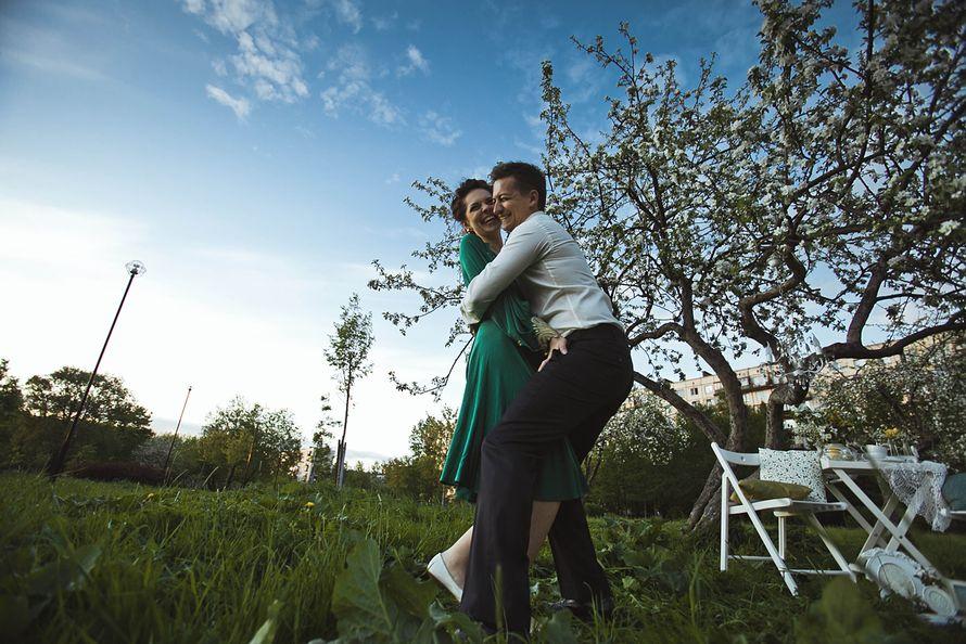 Фото 1934917 в коллекции Весенняя LoveStory в яблоневом саду - Свадебный фотограф Анна Алфёрова