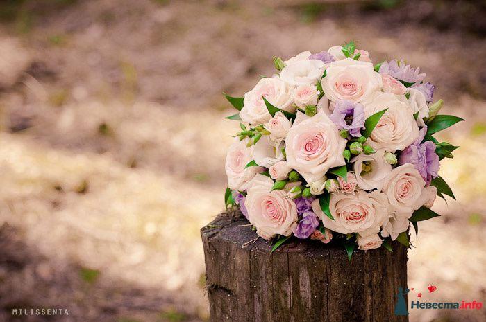 Букет невесты из белых и сиреневых эустом, нежно-розовых роз - фото 89467 Невеста01