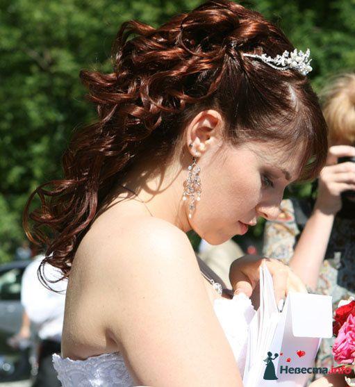 Прическа, диадема, макияж, вид сбоку - фото 113059 A_mi