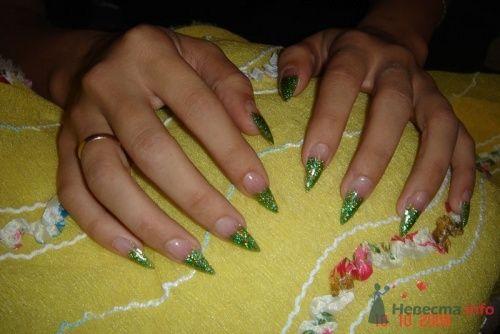 Зеленый френч. Стилеты. - фото 6232 PerfectioNails - наращивание ногтей гелем и акрилом
