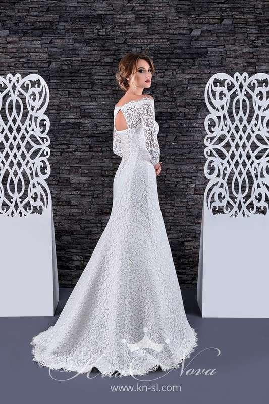 """Свадебное платье - трансформер  Арт. S-08  Восхитительное кружевное платье """"рыбка"""" прекрасно подчеркивает фигуру, съемная юбка из дорогого шикарного атласа декорирована тонким поясом и изящным бантиком. В таком платье вы несомненно будете неотразимы!  Это - фото 16782634 Свадебный салон """"Vesta - Bride"""""""