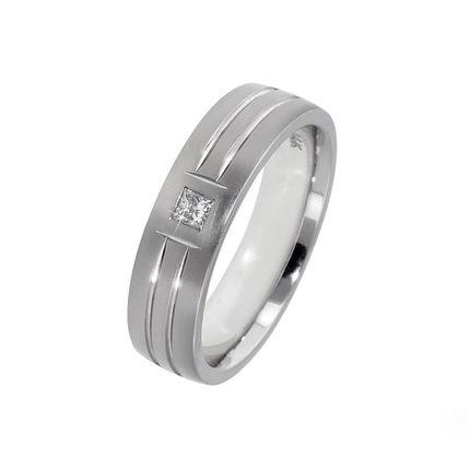 Мужское обручальное кольцо из белого золота на заказ