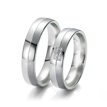 Обручальные кольца с бриллиантами на заказ