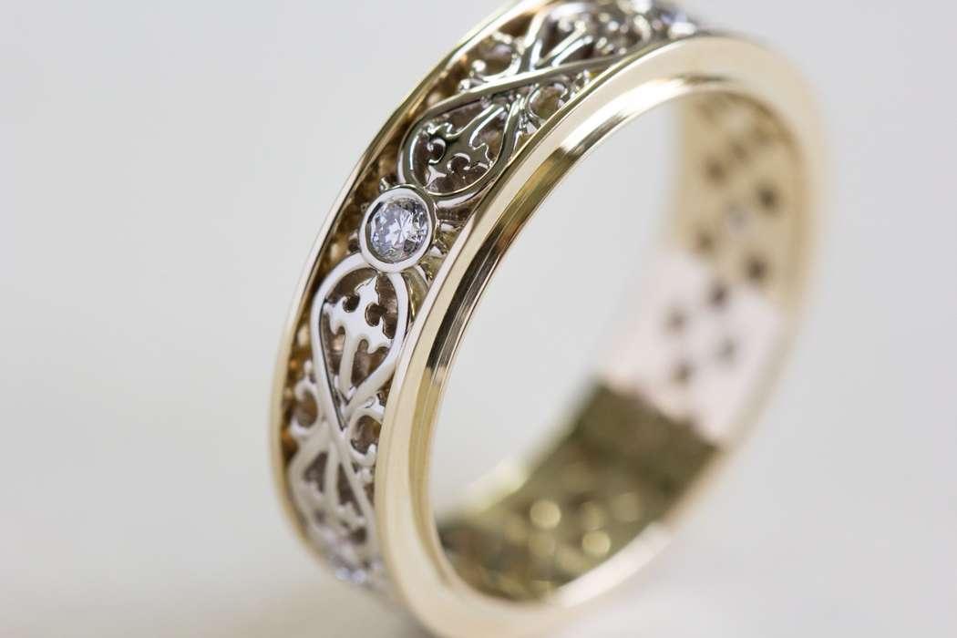 Обручальное кольцо со знаком бесконечности - фото 14323560 Ювелирная студия UvelirMoscow