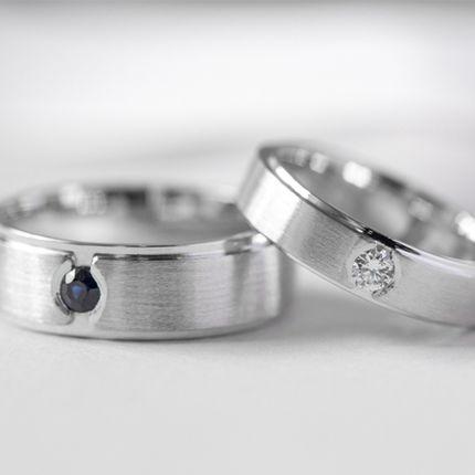 Обручальные кольца с бриллиантом и сапфиром (Арт 1550)