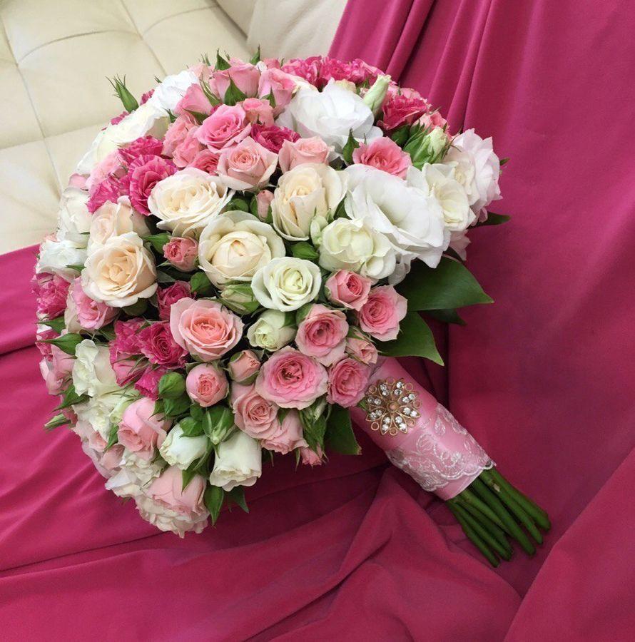 Букет из кустовых роз на свадьбу, заказ
