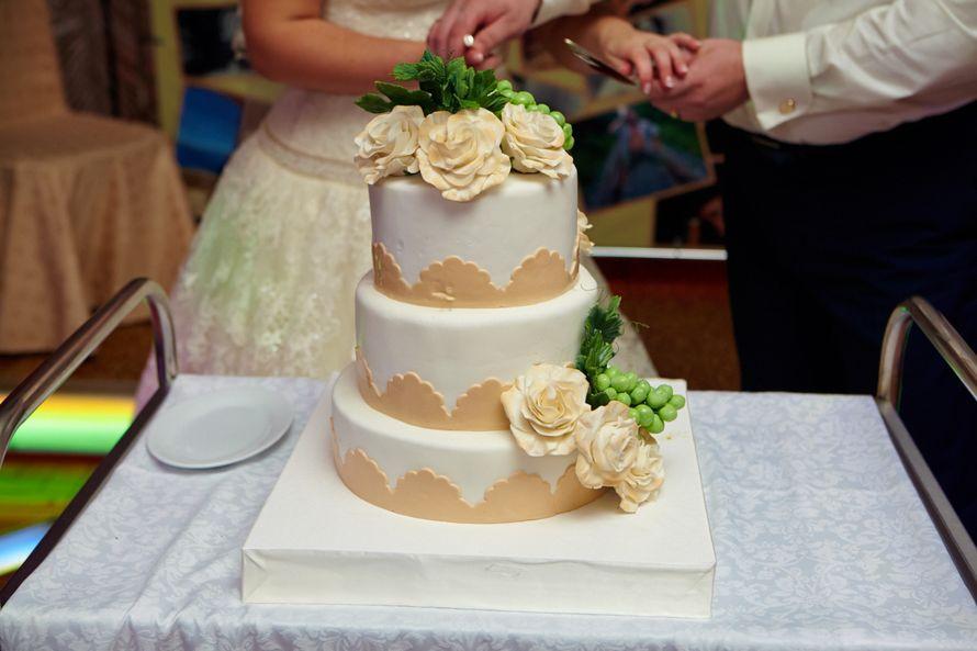 Свадебные торты фото казахстан