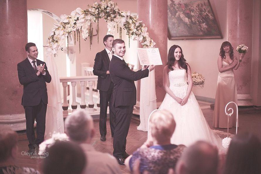 Церемония бракосочетания во дворце - фото 3603361 Ведущий Григорий Разумовский
