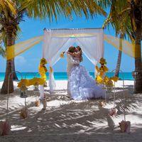 """""""Желтая"""" свадебная церемония в Доминикане. Пунта-Кана, 29.07.2013."""