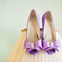 Свадебная обувь невесты сиреневого цвета