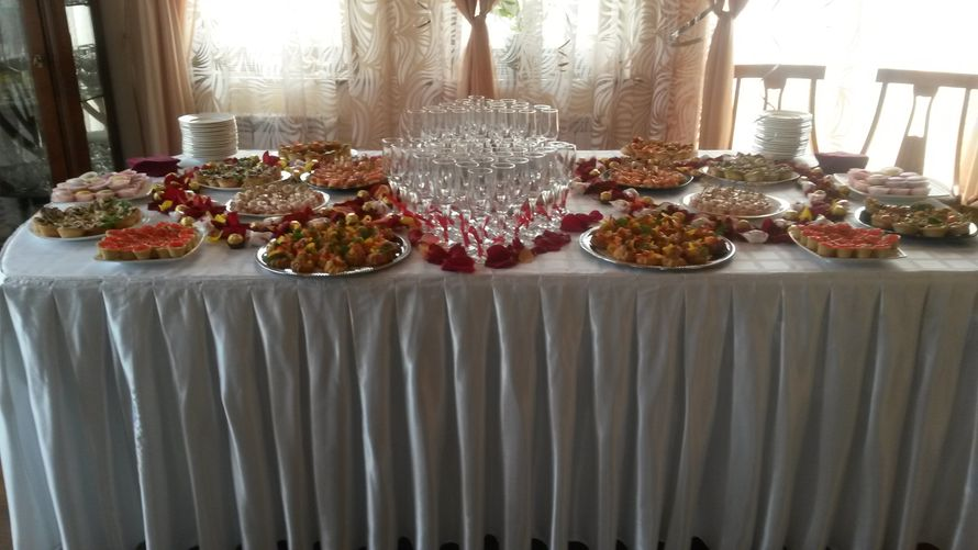 украсить стол на выкуп невесты фото