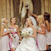 Невеста и подружки в нежно-розовом