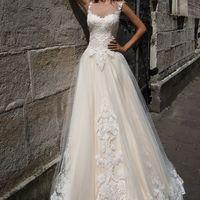 Платье Вероника с крупным кружевным орнаментом