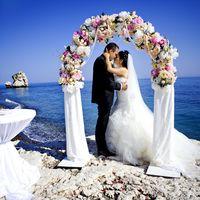 Свадьба у камня Афродиты с агентством Гименей. Ангелина и Арташес
