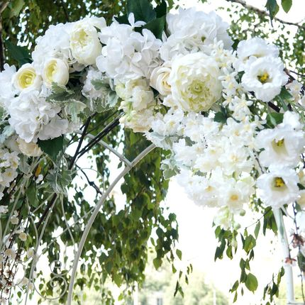 """Аренда арки """"Нежность"""" из искусственных цветов"""