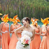 Вертушки на палочке для фотосессии и декора. Свадебный Гипермаркет Love Land.