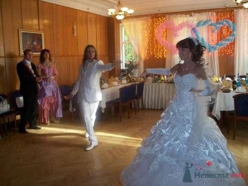 танец молодоженов - фото 245 Ведущий Сергей Можаровский