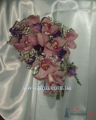Фото 20048 в коллекции букеты с орхидеями