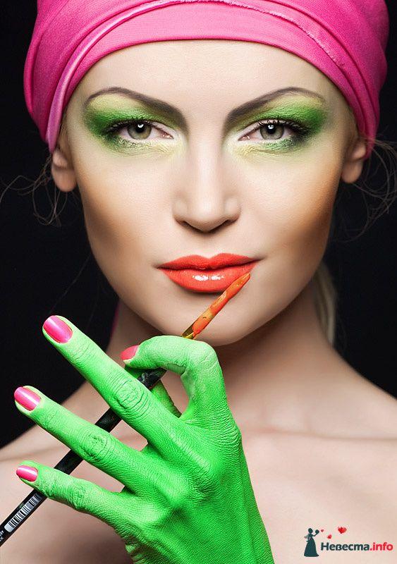 Фото 109984 в коллекции Мои яркие макияжи - Хабарова Марина - прическа и макияж на свадьбу