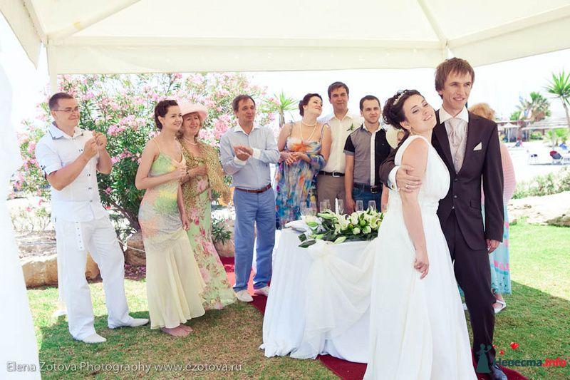 "Свадьба на Кипре-Катюша и Сергей; фото: Е.Зотова - фото 118596 Студия Марии Рублевой ""Стиль и красота"""