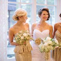 Невеста и подружки невесты в золотом